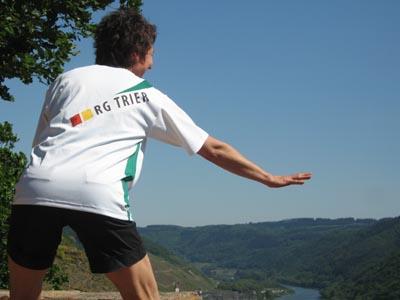 07-05-01_Cal82_RGT_T-shirt_casting.jpg